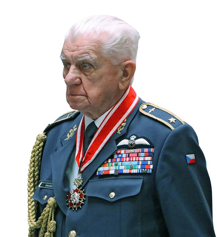 Generálmajor Emil Boček pilot RAF