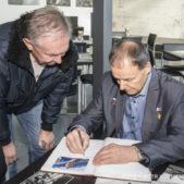 Letecká legenda Anatolij Kvočur navštívil Letecké muzeum Metoděje Vlacha
